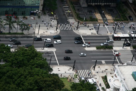 View of intersection of avenue and sidestreet
